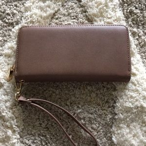 Handbags - Brown wristlet wallet
